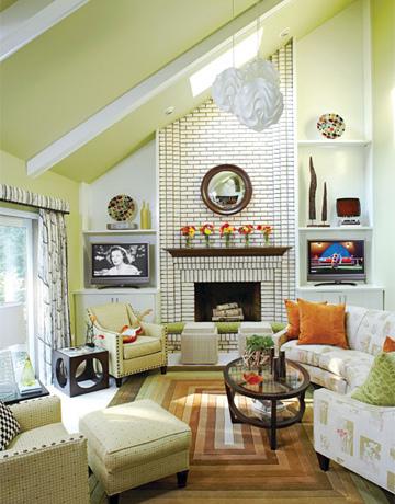 3053803408_88f4c66eff-via-inspired-room